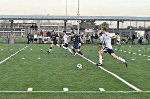Boys soccer: Matadors shut out Lynbrook Vikings 4-0