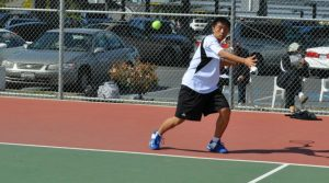 Tennis: Singles take three of four in 4-3 win over Saratoga