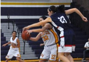 Girls varsity basketball suffer a 28-42 defeat to rival Lynbrook