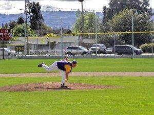 Baseball: Matadors rally with two runs in seventh to edge Cupertino 5-4