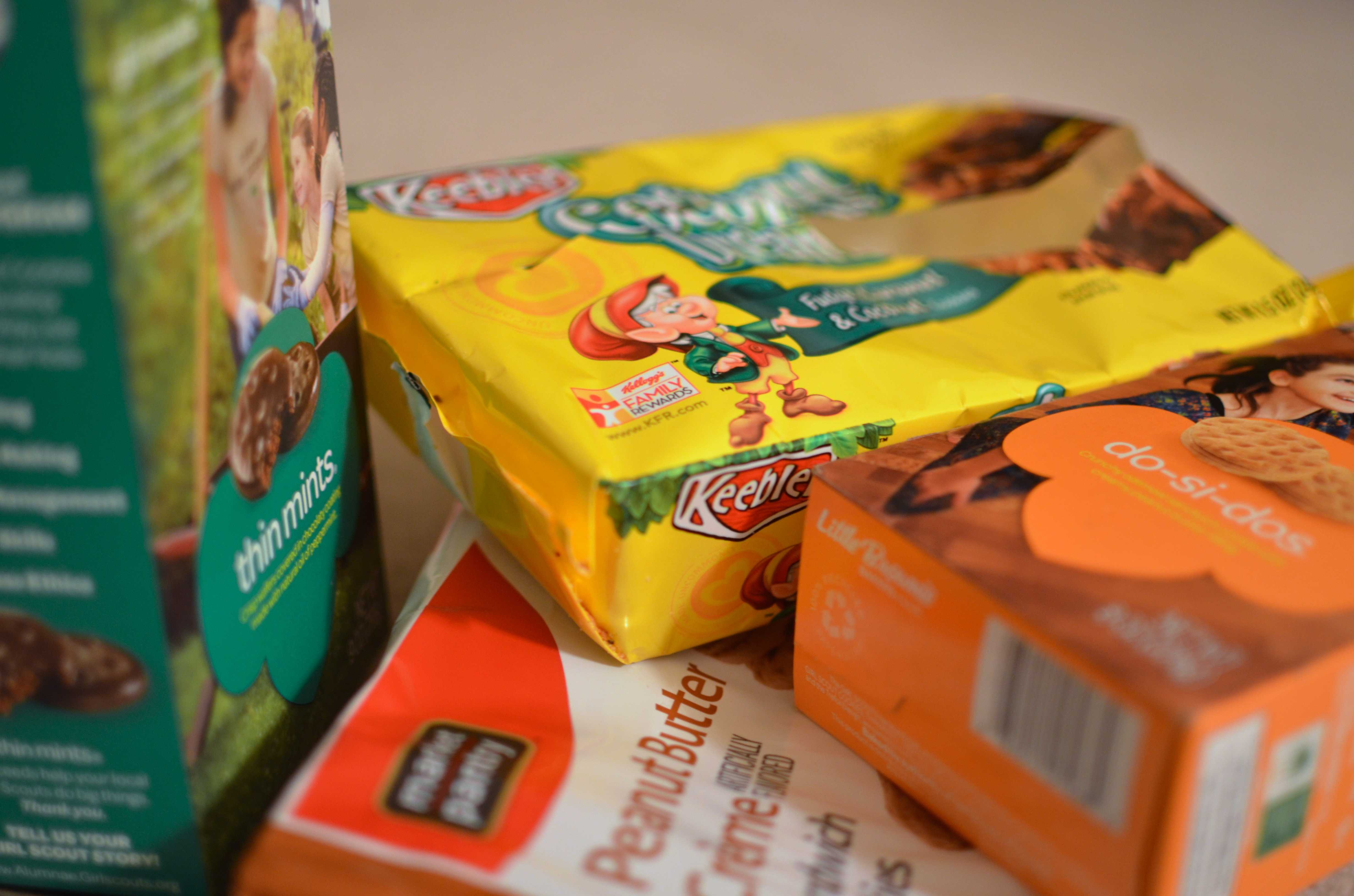 Real or Knockoff Girl Scout Cookies Taste Test