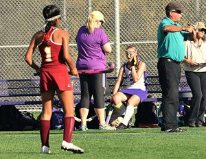 Field Hockey coaches Bonnie Belshe and Denise Eachus win Double-Goal Coach Award