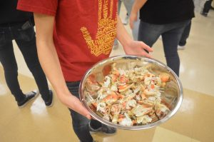 Leo Club members participate in annual Crab Feed Fundraiser