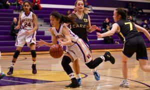 Girls basketball takes on team from Australia