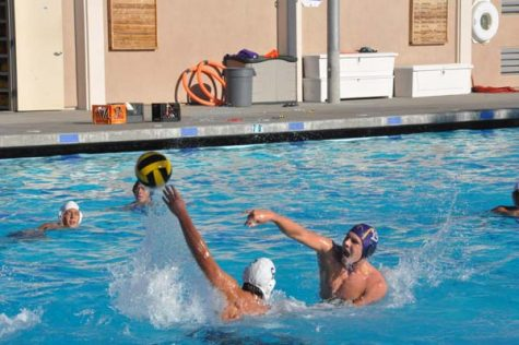 Water polo wins scrimmage 15-6 against Pioneer High School