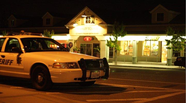 Four squad cars parked on Stevens Creek Boulevard in front of Subway. Further down the road towards Bubb Road, three more squad cars sat parked at the 76 Gas Station. Photo by Kevin Tsukii