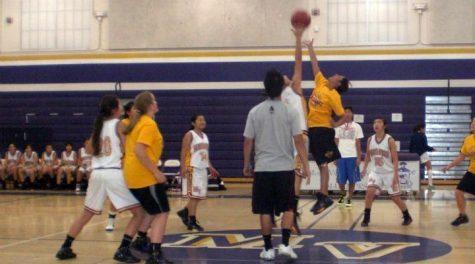 Girls basketball Alumni game