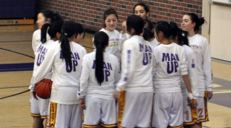 Girls Basketball: Rout of Cupertino boosts league record to 5-0