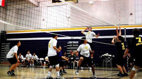 Sophomore Ryan Manley goes up for the kill in the varsity boys volleyball match against Mountain View on March 28. Though the game was close, the Matadors lost 1-3 (23-25, 26-24, 23-25, 23-25). Photo by Christophe Haubursin.