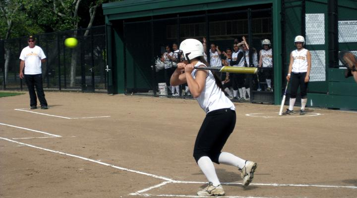 Girls softball: Walkoff hit leads to 1-0 win over Palo Alto