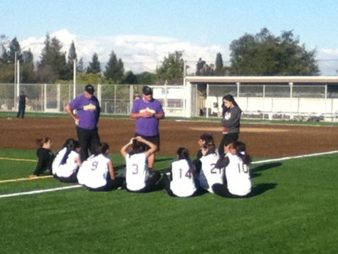 Girls softball: Walkoff win against Palo Alto
