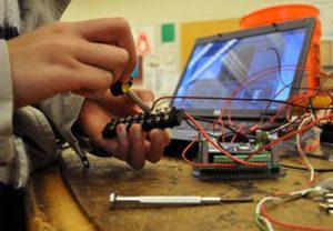 Robotics prepares for competition with build season