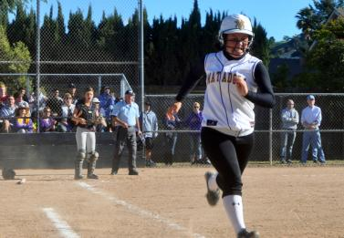 Girls softball eliminated by St. Francis Lancers in CCS