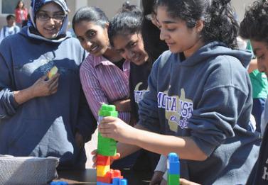Community Leadership establishes itself with fair