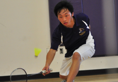 Badminton beats Gunn with close win