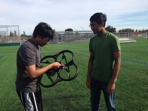 Physics and Engineering Club demos a quadcopter