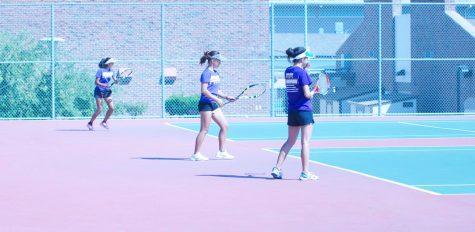 Girls tennis: MVHS continues winning streak against Gunn High School