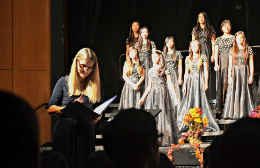 Four+choirs+hold+their+debut+concert