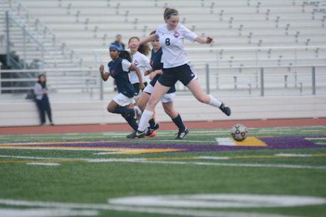 Girls soccer: MVHS defeats Lynbrook High School 1-0