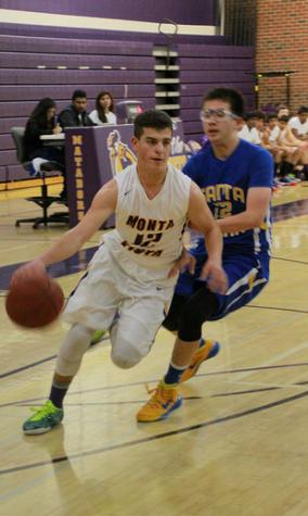 Liveblog: Boys basketball takes on Burlingame HS