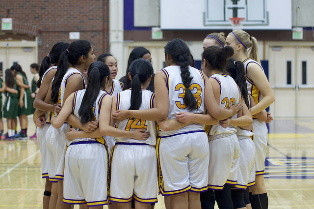 Girls basketball gathers before their game against Alisal HS on Feb. 24. The Matadors defeated the Trojans 40-27 and will advance to the second round of CCS play. Photo by Malini Ramaiyer