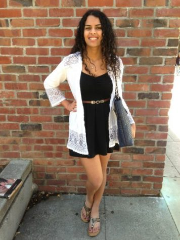 Fashion Friday: Light, classy, and weather-friendly