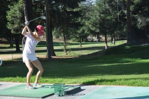 Girls golf: Season begins with new coach and record number of athletes trying out