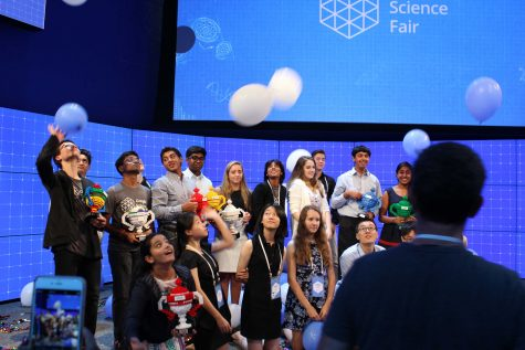 Freshman wins Google Science Fair with diagnostic tool for Alzheimer's disease
