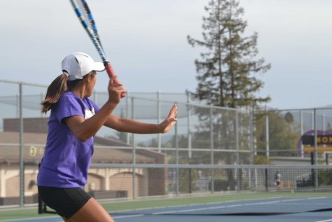 Girls tennis: Team loses a close game against Homestead