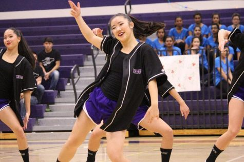 "Photo Gallery: Monta Vista Dance Team performs ""Under the Mistletoe"""