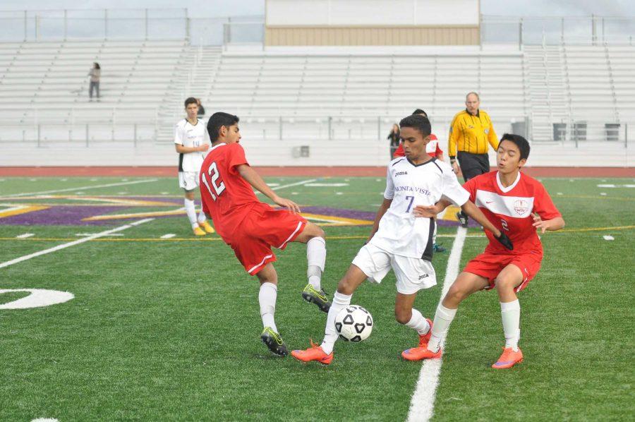 Boys+soccer%3A+Matadors+pummel+Saratoga+Falcons+5-1