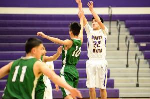 Liveblog: Boys basketball takes on San Lorenzo Valley HS