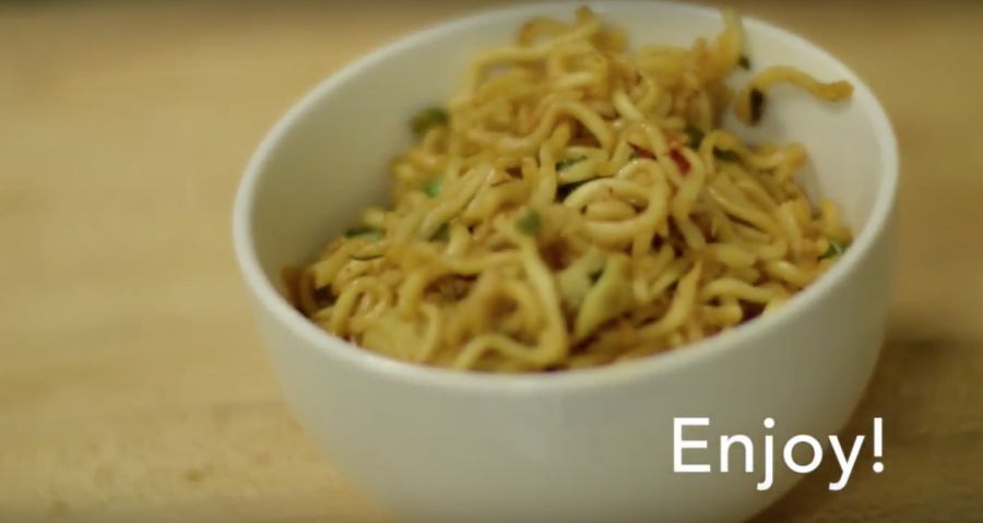 Simplified fried noodles for the Chinese New Year