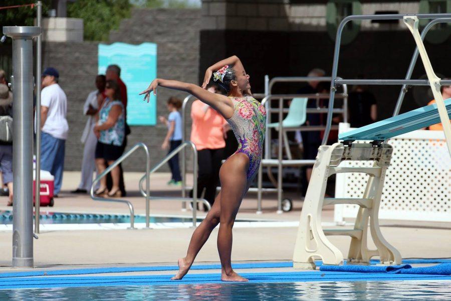 Junior+Rachel+Lau+named+Swim+Outlet+Swimmer+of+the+Month