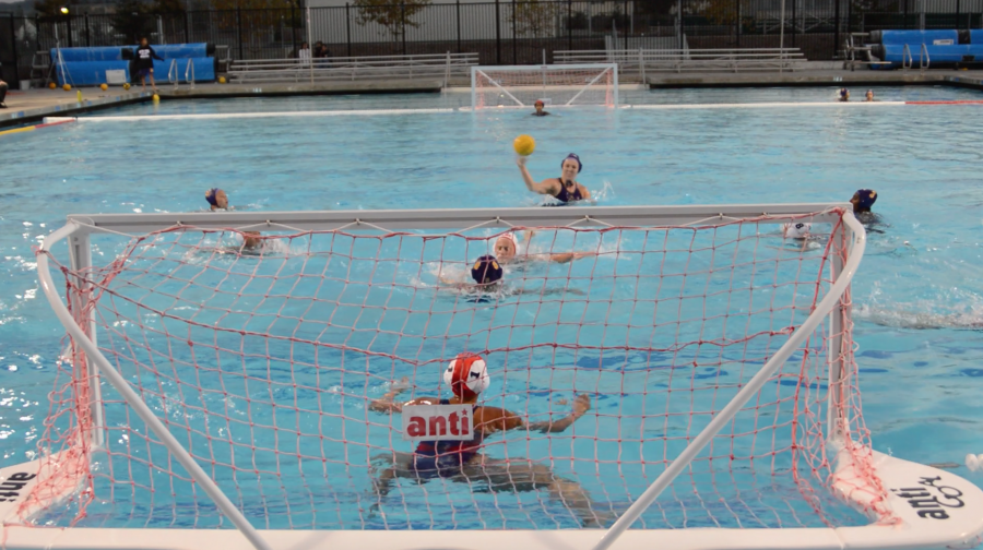Girls+water+polo%3A+MVHS+loses+to+Lynbrook+HS+after+playing+overtime