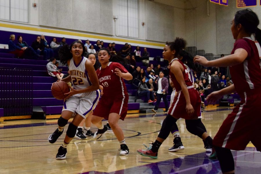 Girls+basketball%3A+Team+unable+to+clasp+close+battle+against+Fremont+HS