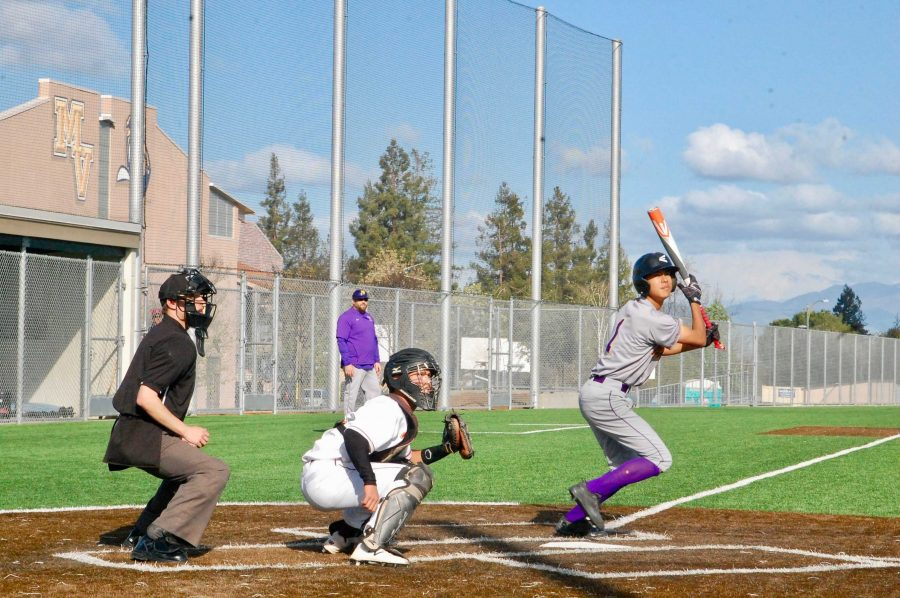 Baseball%3A+Team+dominates+Cupertino+HS+in+8-4+win