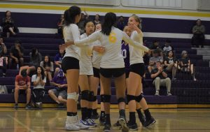 Girls volleyball: Team loses to Los Gatos HS 3-2