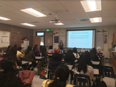 Neuroscience club holds a guest talk about eating disorders