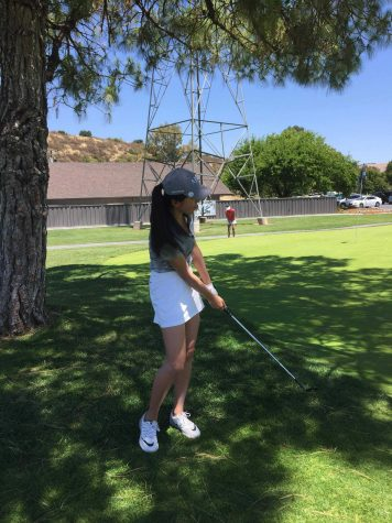 Flying Solo: Senior Meg Niu represents MVHS golf at CCS