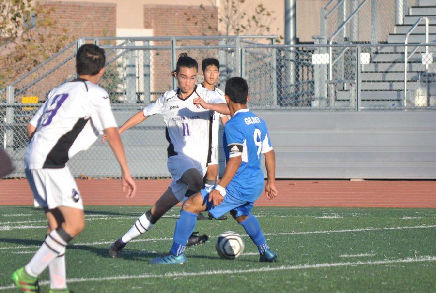 Boys soccer: Team clinches 2-1 victory against Gilroy HS