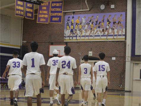 Boys basketball: Team loses tough season opener to Oak Grove HS