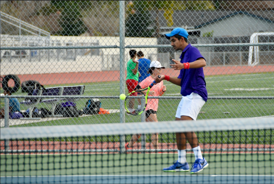 Boys Tennis: team earns a clean victory against Los Gatos HS