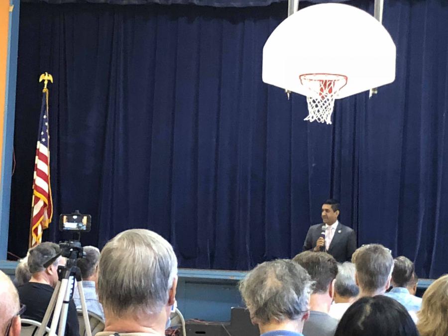 Congressman Ro Khanna speaks at San Jose town hall