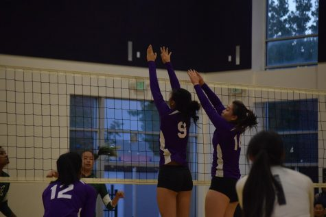 Girls volleyball: Team loses season opener to Palo Alto HS