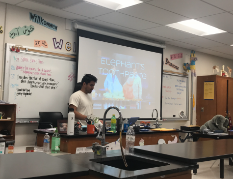 Science National Honor Society's Elephant Toothpaste Lab DIY