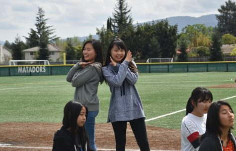 Getting into the Groove: Japanese Club prepares a dance for Culture Night