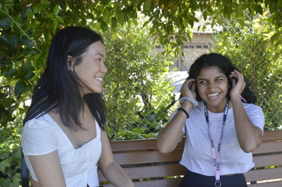 Seniors revisit their elementary schools