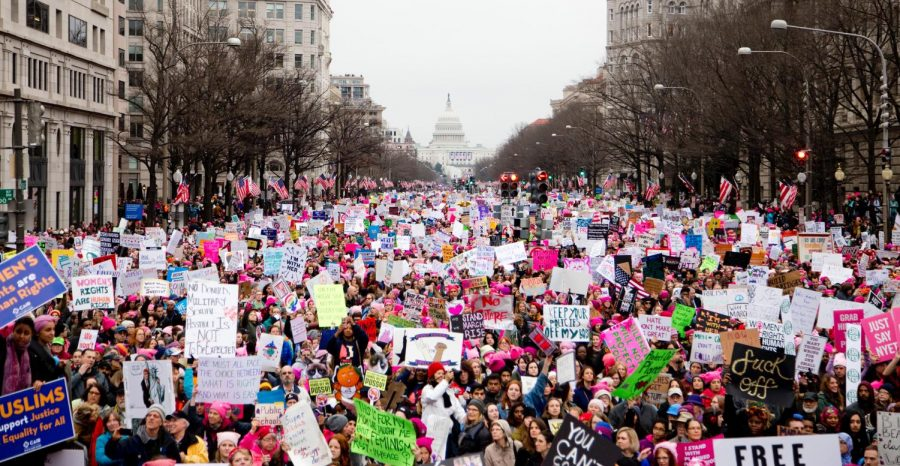 Women%27s+protest+in+2017+on+Pennsylvania+Avenue.