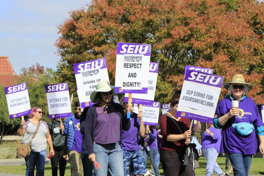 SEIU 521 union conducts the second strike from their rolling strike at the Cupertino Library on October 19. Photo by Holly Okamura // Used with permission